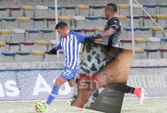 """EKSKLUZIVE/ Uzunit nuk i japin penalltinë në Kroaci, por…""""këmbën në dorë"""" (FOTO)"""