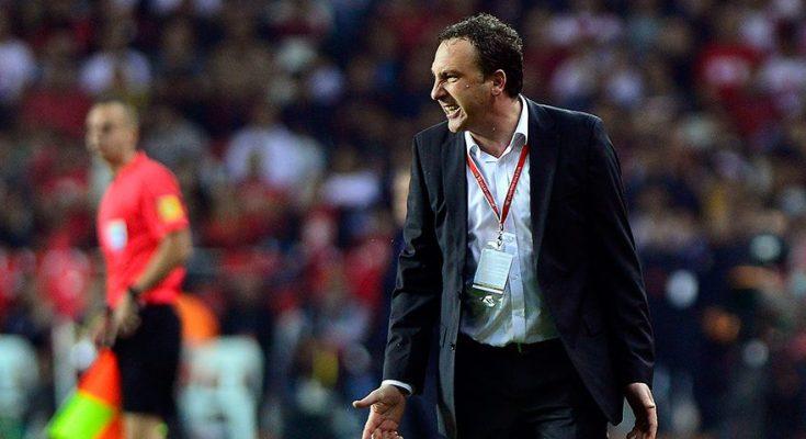 Trajneri që do mbetet në historinë e Kosovës, Bunjaku thërritet në detyrë