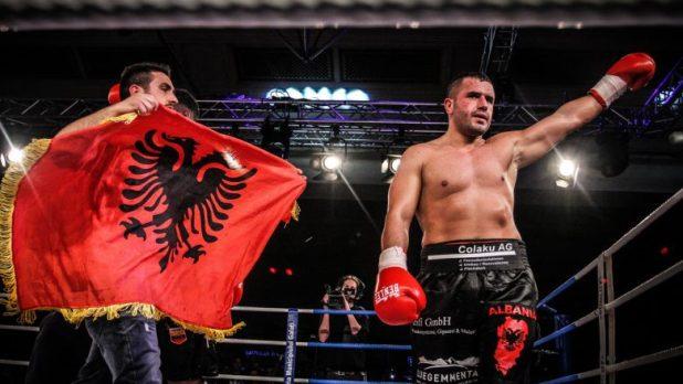 """E quajnë """"Tysoni shqiptar"""", Seferi përballet kundër polakut të pamposhtur për titullin prestigjoz"""