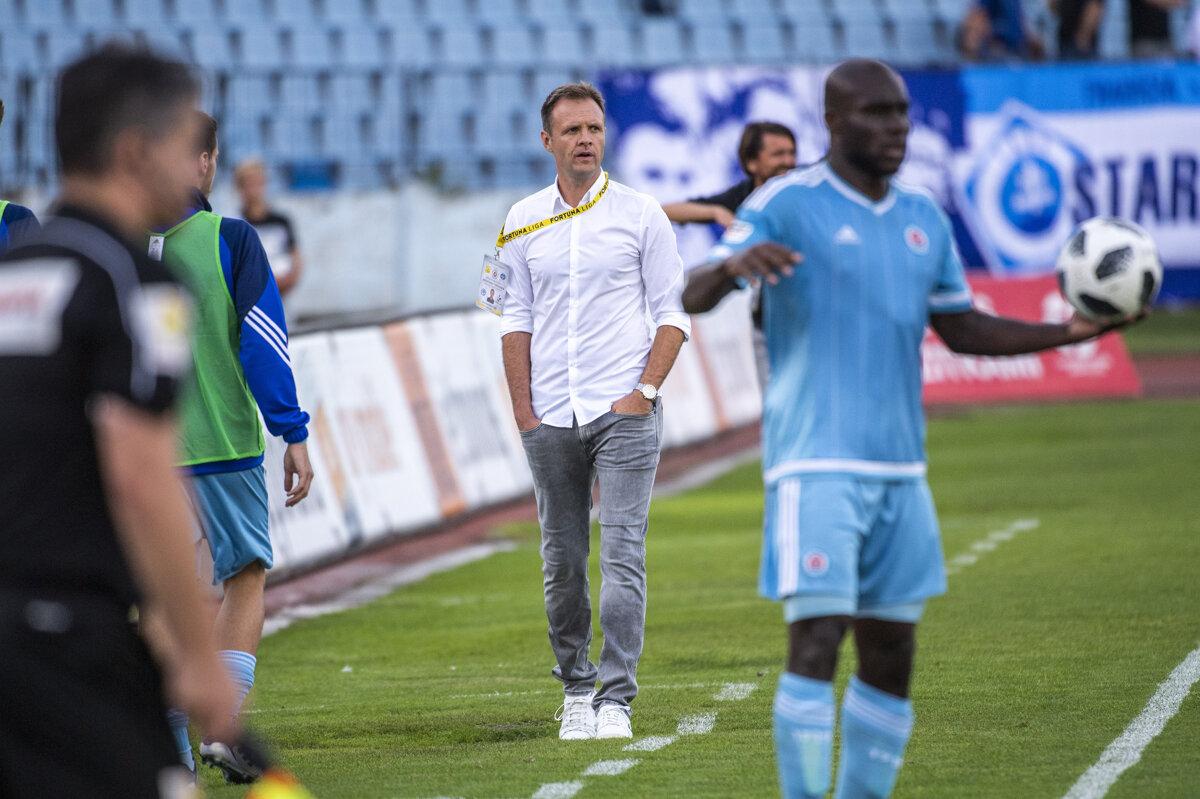 E bujshme/ Trajneri i Slovan Bratislavës merr vendimin, bojkoton ndeshjen me Feronikelin