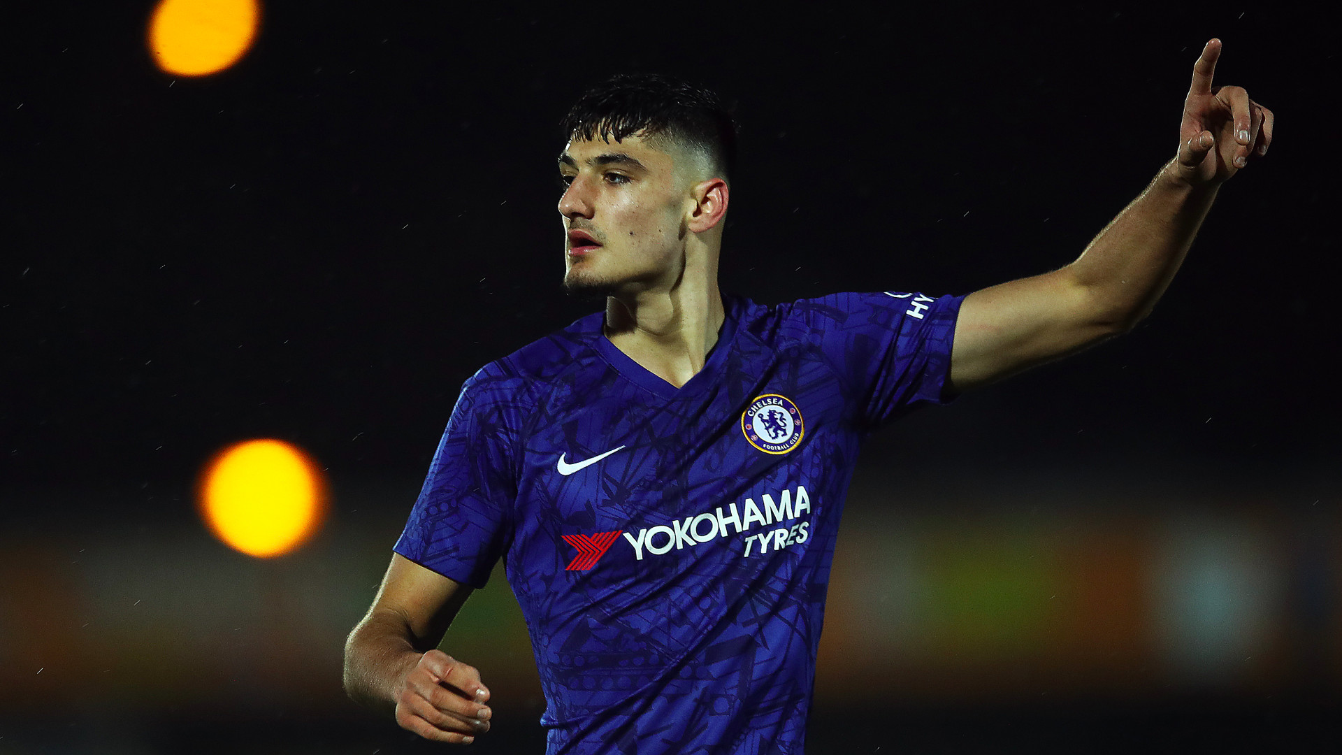 """VIDEO/ Mund të shënojë edhe """"sy mbyllur"""", Armando Broja me 2 gola të tjerë te Chelsea U-18"""